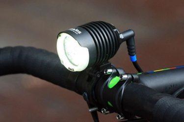 Luz delantera bicicleta